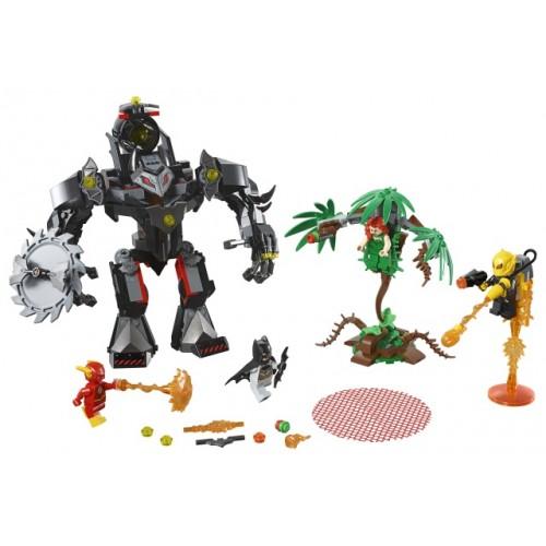 Batman Mech vs. Poison Ivy Mech