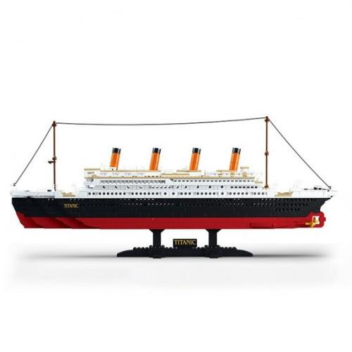 Titanic 1012 pc Model Brick...